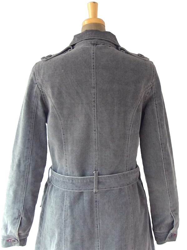 ヨーロッパ古着 ロンドン買い付け グレイ X ポケットがたくさん 共布ベルト付き ジップアップ  コート 06UK167