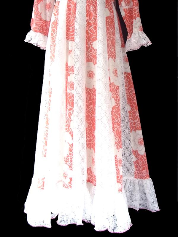 ヨーロッパ古着 ロンドン買い付け 70年代製 朱色 X ホワイト 花柄 レース切り替えし マキシ ワンピース 09UK1771