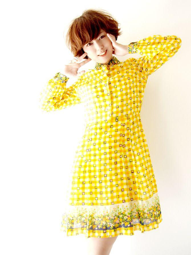 ヨーロッパ古着 ロンドン買い付け 60年代製 黄・白 ブロックチェック・花柄  ヴィンテージ ワンピース : 13BS101
