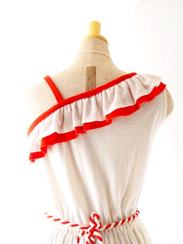 ヨーロッパ古着 フランス製 ホワイト X レッド ワンショルダー風 デザイン ワンピース : 13FC201