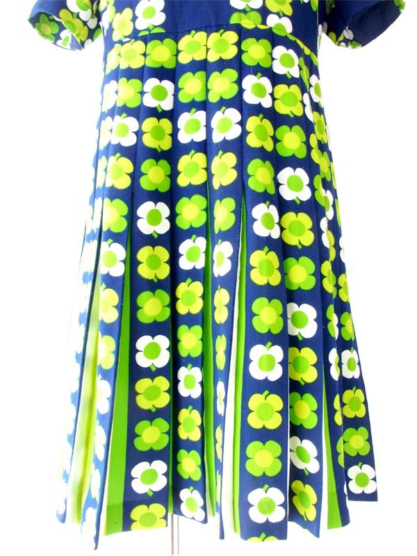 ヨーロッパ古着 フランス買い付け 60年代製 ネイビー X 黄緑 マーガレット柄 レトロ ワンピース 14FC331
