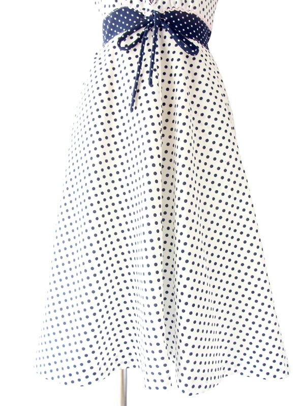 フランス買い付け ホワイト X ネイビー 水玉 ピンクレーステープ縁取り レトロ ワンピース 14FC335