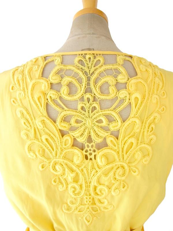 ヨーロッパ古着 ロンドン買い付け 60年代製 イエロー X 花柄カットレース・刺繍飾り ベルト付き ヴィンテージ ワンピース 15BS209