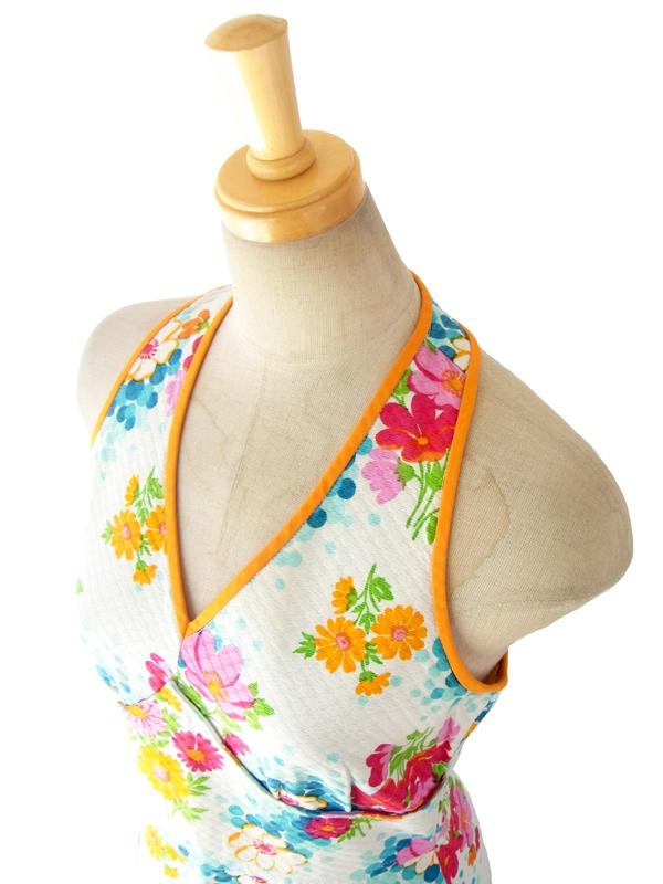 ヨーロッパ古着 60年代フランス製 ホワイト X カラフル花柄・オレンジパイピング ホルターネック ワンピース 15FC101