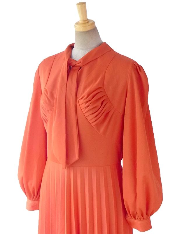 ヨーロッパ古着 ロンドン買い付け 70年代製 オレンジ X ボウタイ アンブレラプリーツ ワンピース 16BS312