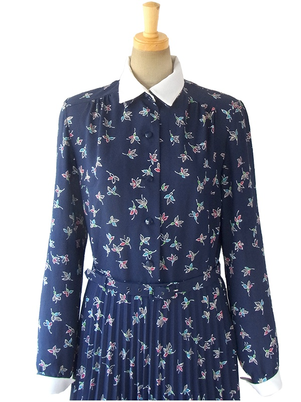 ヨーロッパ古着 ロンドン買い付け ネイビー X 花柄 着脱可能なホワイト襟 共布ベルト付き ワンピース 16BS315