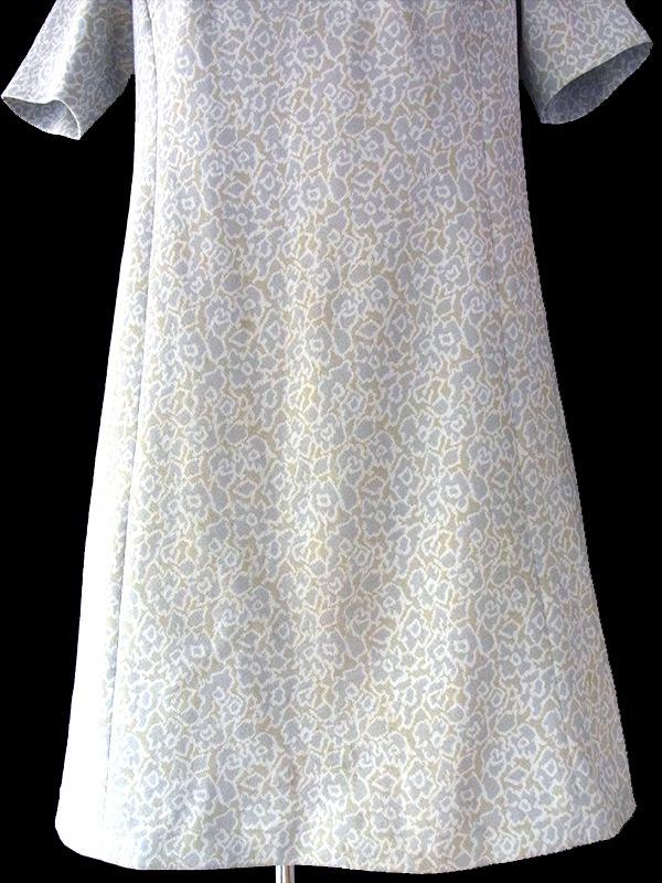 ヨーロッパ古着 フランス買い付け ペールトーン ホワイト X グレー X イエロー バックベルト付 モックネック レトロワンピース 16FC014