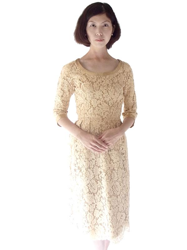 ヨーロッパ古着 フランス買い付け 60年代製 ベージュ X 花柄コードレース ゴールドテープ アンティークドレス 16FC203