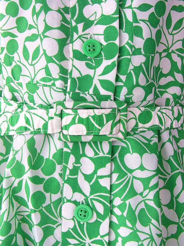 ヨーロッパ古着 フランス買い付け 60年代製 グリーン X ホワイト チェリー柄 共布ベルト付き パフスリーブ ワンピース 16FC205