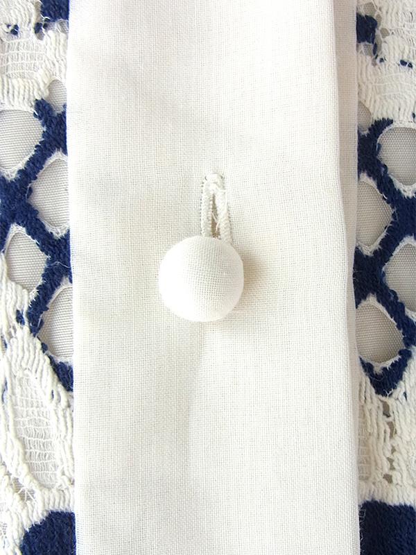 ヨーロッパ古着 フランス買い付け 60年代製 ホワイト X ネイビー 総刺繍 マガーレット柄刺繍 ヴィンテージ ワンピース 16FC325
