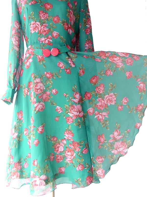 ヨーロッパ古着 フランス製 グリーン X 薔薇プリント カスケードスカート 共布ベルト付き シフォン ドレス 16FC507