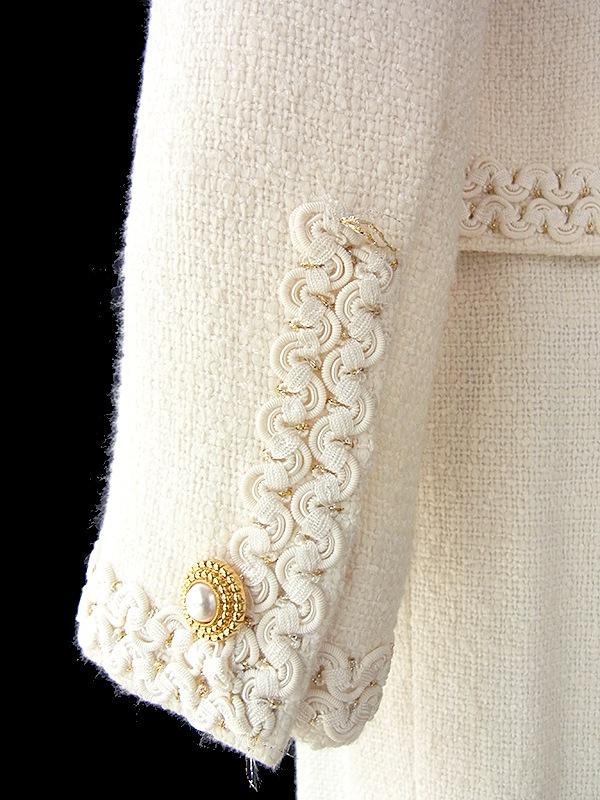 【送料無料】アイボリー X コードパイピング装飾 ジャケット・スカート 高級感のあるセットアップスーツ 16OD002【美品】