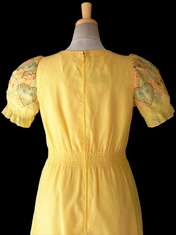 ヨーロッパ古着 ロンドン買い付け 60年代製 Betty Barclay イエロー X ハート柄刺繍 パフスリーブ ロングワンピース 16OM310