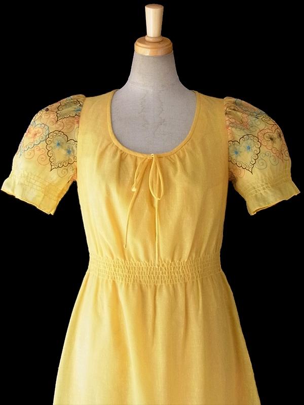 ヨーロッパ古着 ロンドン買い付け Betty Barclay イエロー X ハート柄刺繍 ロング ワンピース 16OM310
