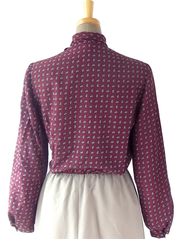 ヨーロッパ古着 ロンドン買い付け 70年代製 バーガンディー・ペイズリー柄 X ベージュ スカート ボウタイ レトロ ワンピース 16OM904