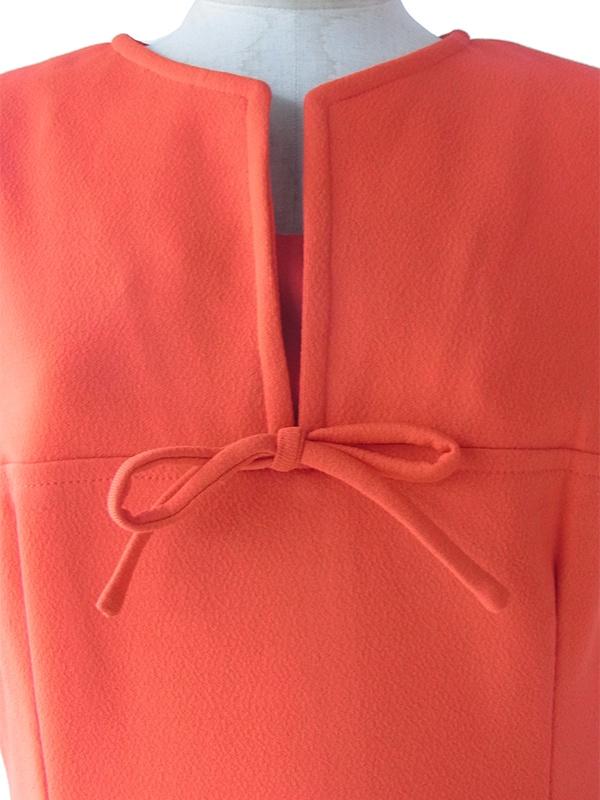 ヨーロッパ古着 ロンドン買い付け 70年代製 オレンジ X 胸元リボン シームデザイン レトロ ワンピース 17BS209