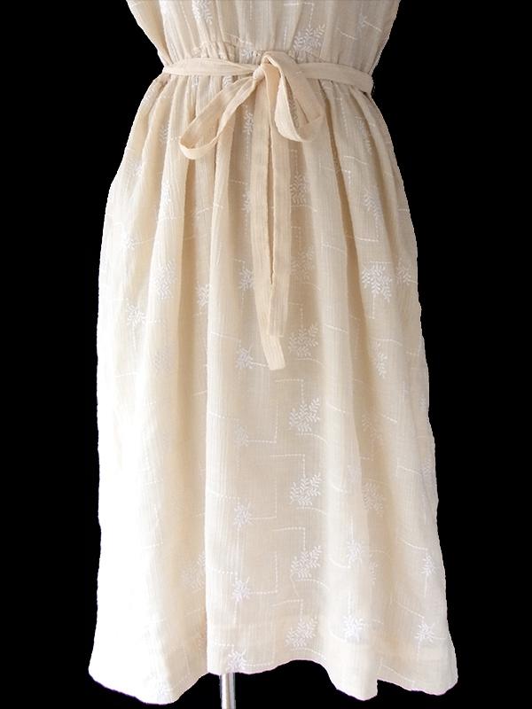 ヨーロッパ古着 フランス買い付け 60年代製 アイボリー X リーフ柄織り ガーゼ生地 共布ベルト付き ワンピース 17CC006