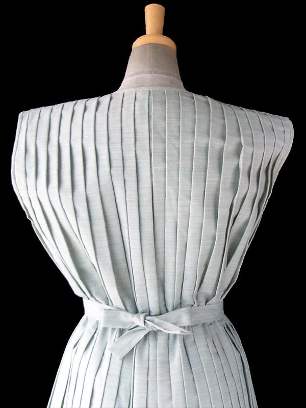 ヨーロッパ古着 フランス買い付け 60年代製 ペールグリーン 総プリーツ 共布ベルト付き ヴィンテージ ドレス 17FC112
