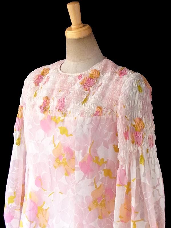 ヨーロッパ古着 フランス買い付け 70年代製 ピンク X 花柄プリント シャーリング ヴィンテージ ワンピース 17FC319