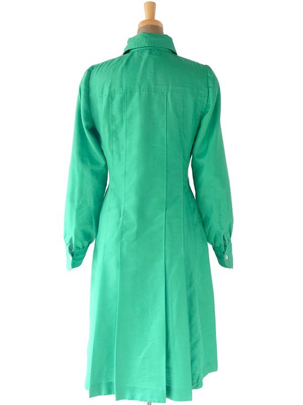 ヨーロッパ古着 60年代フランス製 光沢のあるエメラルドグリーン X ステッチデザイン サテン ワンピース 17FC507