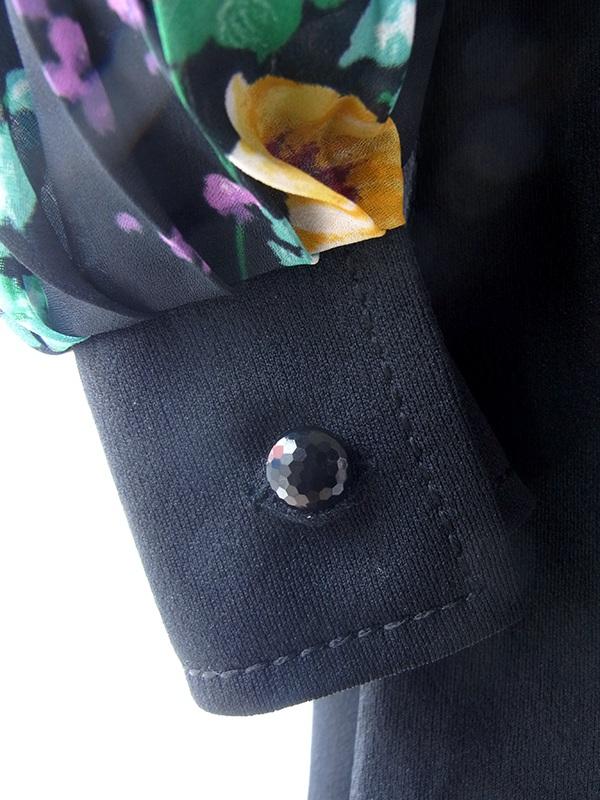 ヨーロッパ古着 ロンドン買い付け ブラック X カラフルな花柄プリーツ袖 生地切り返し ヴィンテージ ワンピース 17OM126