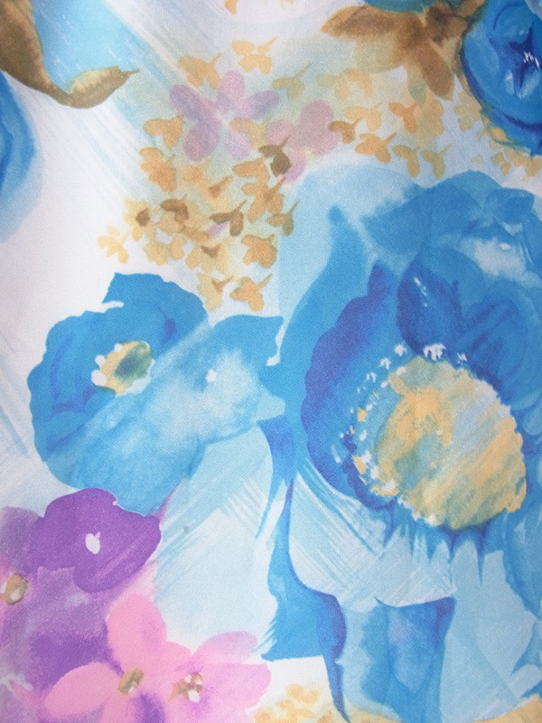 ヨーロッパ古着 70年代スウェーデン製 水色を基調とした花柄 X フリルデザイン 共布ベルト付き ワンピース 17OM203