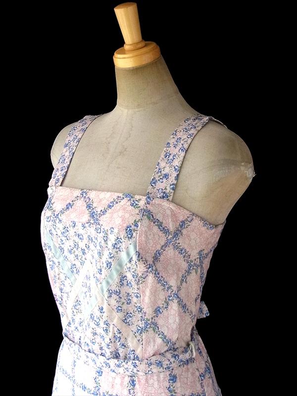 ヨーロッパ古着 60年代フランス製 ブルー X ピンク 小花柄 テープ装飾 共布ベルト付き デッドストック ワンピース 17OM608