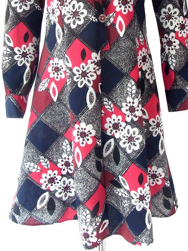 ヨーロッパ古着 ロンドン買い付け 70年代製 ネイビー・グレイ・レッド・バーガンディー ダイヤ・花柄 レトロ ワンピース 18BS105