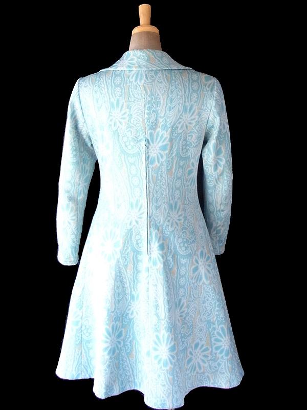 ヨーロッパ古着 フランス買い付け 60年代製 水色 X クリーム色 花柄モチーフのレトロ柄が織られた生地 ワンピース 18FC410