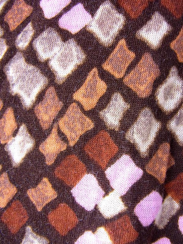 ヨーロッパ古着 フランス買い付け 70年代製 ブラウン X ピンク・ブラウン レトロ柄 切り返し ヴィンテージ ワンピース 18FC418