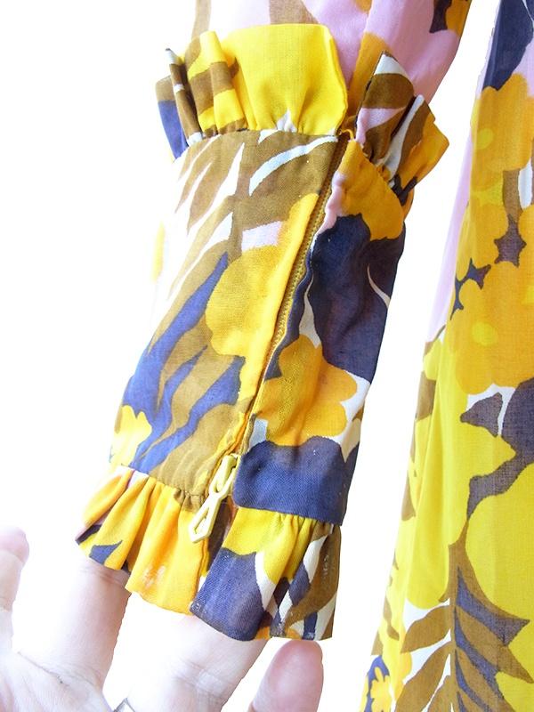 ヨーロッパ古着 70年代フランス製 イエロー X ネイビー 花柄プリント フリル装飾 ヴィンテージ ワンピース 18FC608