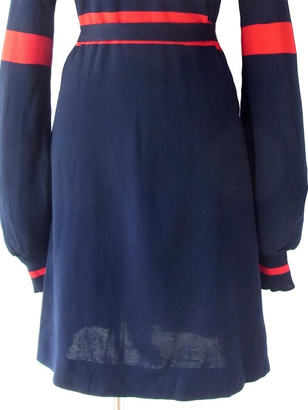 ヨーロッパ古着 ロンドン買い付け 70年代製 レッド X ネイビー フリンジ飾り付き共布ベルト レトロ ワンピース 18SR108