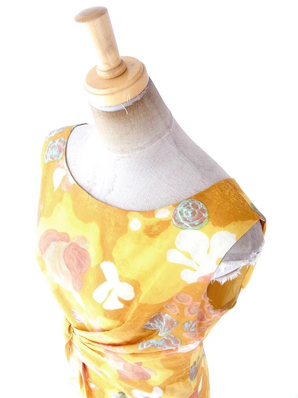 ヨーロッパ古着 ロンドン買い付け 70年代製 イエロー X レトロ柄 綺麗なドレープ ヴィンテージ ドレス 19BS117