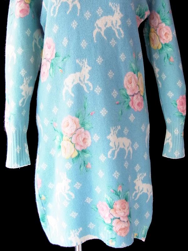 ヨーロッパ古着 ロンドン買い付け 60年代イタリア製 パステルブルー X トナカイと薔薇 ビーズ装飾 ウールニット ワンピース 19BS208