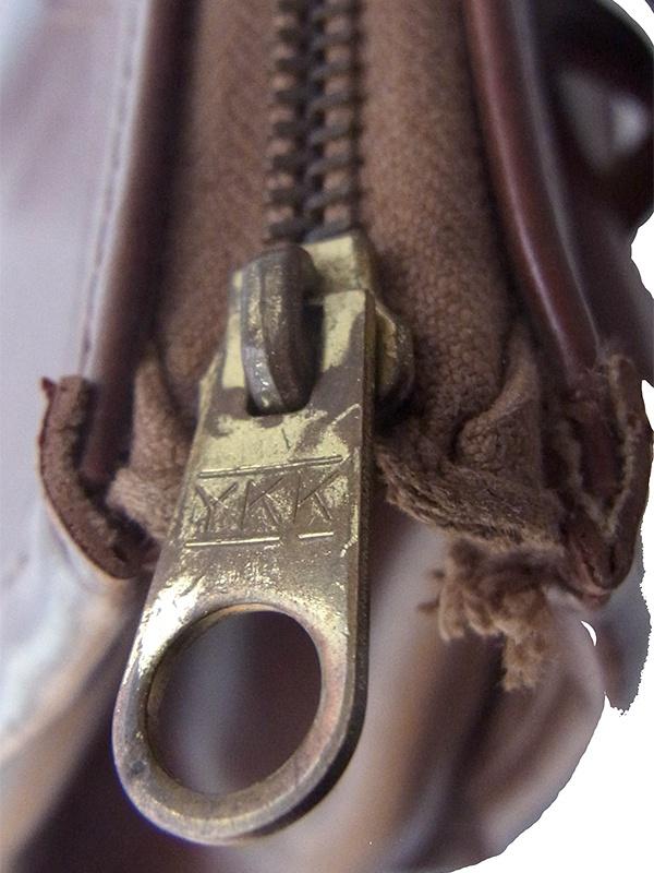 フランス買い付け マカボニー X 大きめサイズのヴィンテージ レザー ハンドバッグ 19FC026