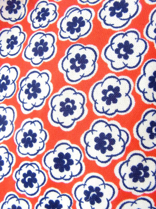 ヨーロッパ古着 フランス買い付け 70年代製 レッド X ホワイト・ブルー レトロ花柄 パフスリーブ シャーリング ワンピース 19FC100