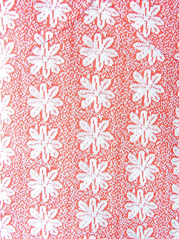 ヨーロッパ古着 ロンドン買い付け 70年代製  レッド X ホワイト 花柄凹凸生地 ファネルネック マキシ ワンピース 19OM1008