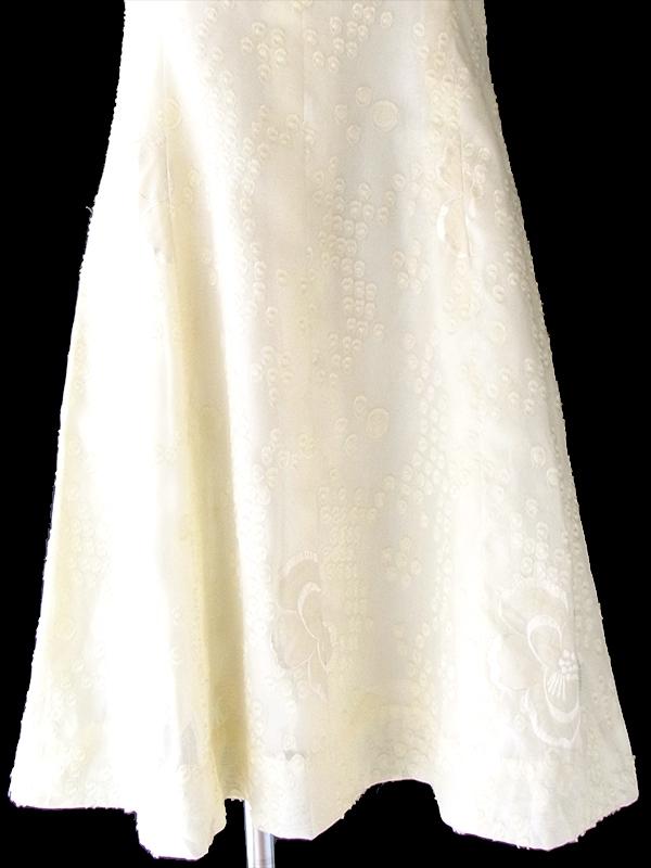 ヨーロッパ古着 ロンドン買い付け 70年代製 ペールイエロー X 水玉・花柄刺繍 ロールカラー ワンピース 19OM112