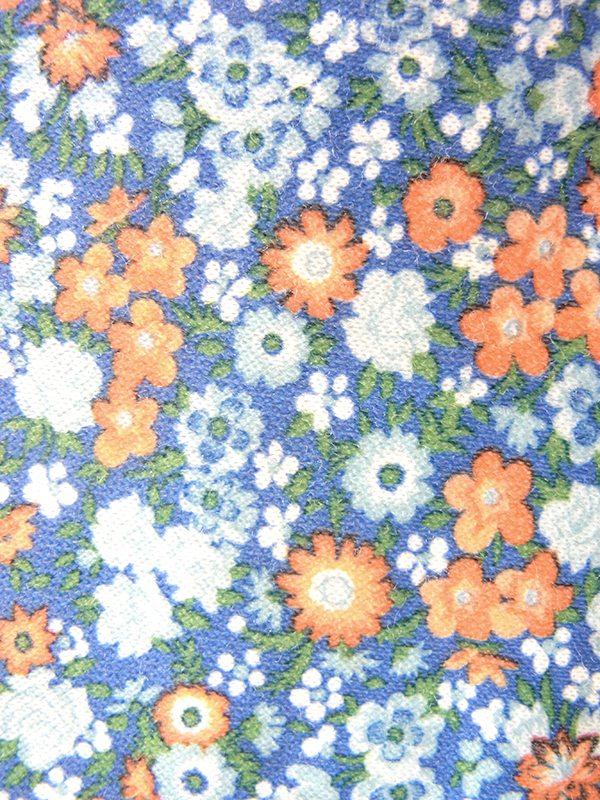 ヨーロッパ古着 ロンドン買い付け 70年代製 水色 X オレンジ・グリーン 小花柄 山道テープ ギャザー襟 ワンピース 19OM307
