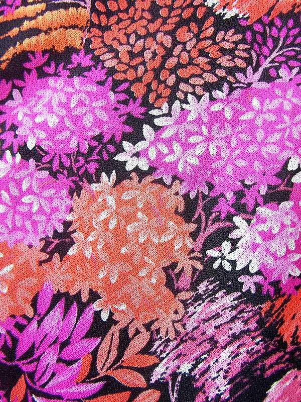 ヨーロッパ古着 ロンドン買い付け 70年代製 ブラック X オレンジ・パープル 花柄 ベルト付き ワンピース 20BS036