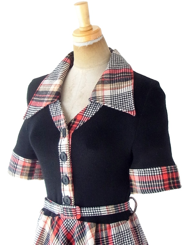 ヨーロッパ古着 ロンドン買い付け 60年代製 ブラック X レッド・ベージュ タータンチェック 共布ベルト付き ウール ワンピース 20BS045