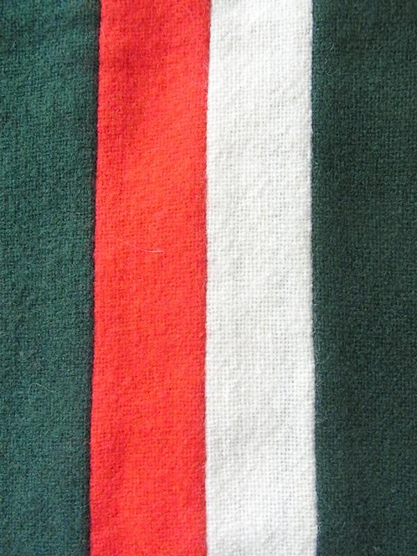 【ヨーロッパ古着】イギリス製 グリーン・ホワイt・レッド ストライプ ウール スクール マフラー 20BS059【おとなかわいい】