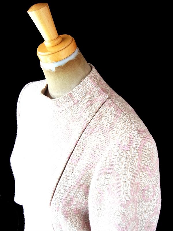 ヨーロッパ古着 ロンドン買い付け 60年代製 ピンク X ベージュ オーナメント柄 リボン付き ヴィンテージ ワンピース 20BS217