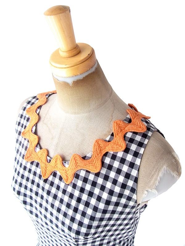 ヨーロッパ古着 フランス買い付け 60年代製 モノトーン ギンガムチェック オレンジ・若草色 山道テープ フレア ワンピース 20FC114