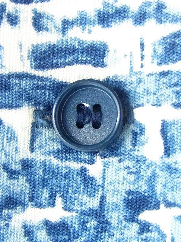 ヨーロッパ古着 フランス買い付け 70年代製 ホワイト X ブルー レトロ柄 ヴィンテージ ワンピース 20FC508