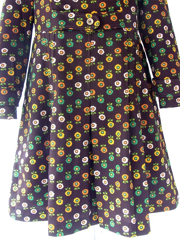 ヨーロッパ古着 フランス買い付け 70年代製 ブラウン X カラフル花柄 ベルト風デザイン レトロ ワンピース 20FC612