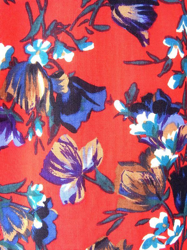 ヨーロッパ古着 フランス製 レッド X カラフル花柄 ブルーパイピング ヴィンテージ プリーツ ワンピース 20FC613