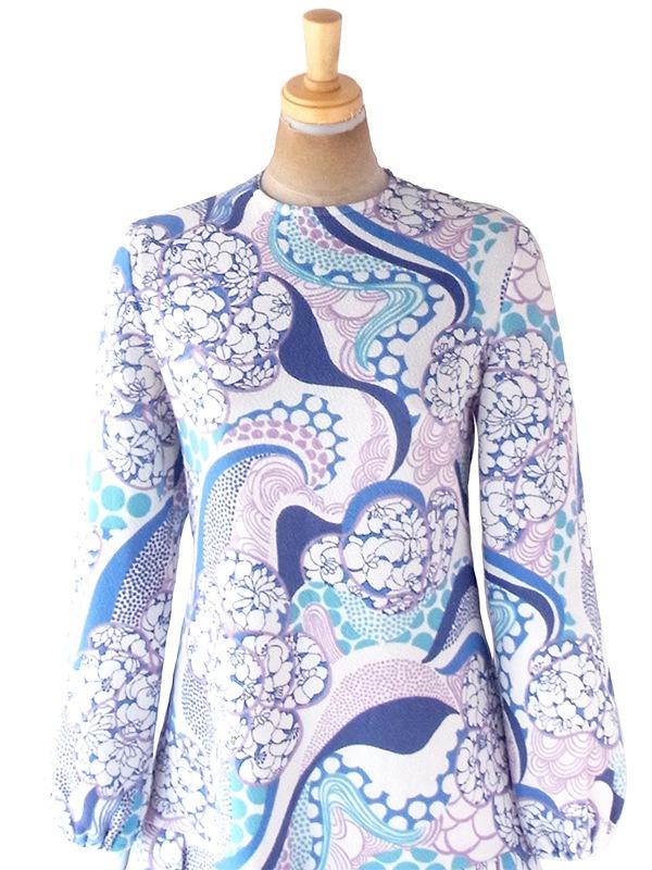 ヨーロッパ古着 フランス買い付け 70年代製 ホワイト X ブルー・パープル レトロ花柄 ドロップウェスト プリーツ ワンピース 20FC713