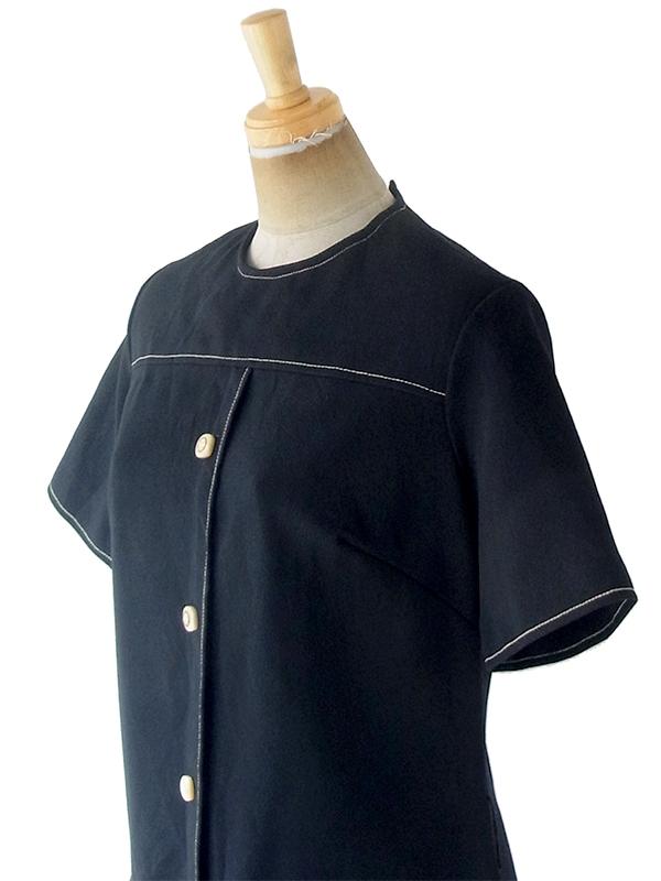 ヨーロッパ古着 ロンドン買い付け 70年代製 ブラック X ベージュ ステッチデザイン フラップ付き ヴィンテージ ワンピース 20OM001