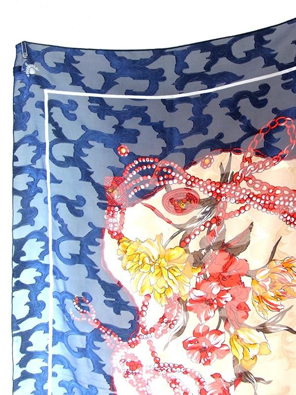 ヨーロッパ古着 ロンドン買付 ブルー X ベージュ 花柄モチーフ 透過性のある生地 アンティーク スカーフ 20UK00